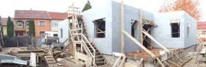 energiatakarékos hőszigetelő zsaluzattal épülő családi ház, Eger földszinti falazás készen